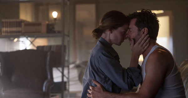 Hugh Jackman lần theo dấu kí ức trong trailer mới của