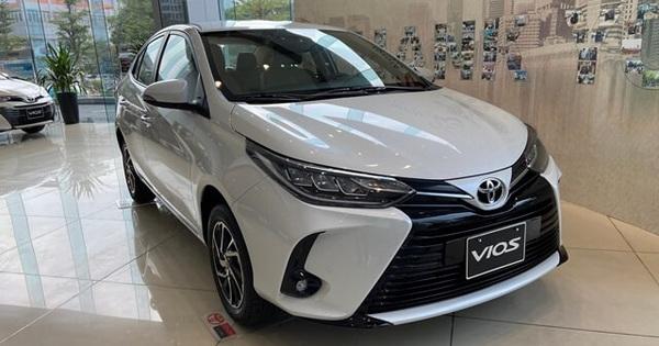 Mẫu SUV giảm giá 200 triệu đồng, Toyota Vios tiếp tục bán rẻ