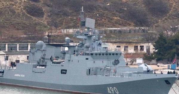 NATO vừa kết thúc tập trận trên Biển Đen, Nga điều khu trục hạm đến Crimea