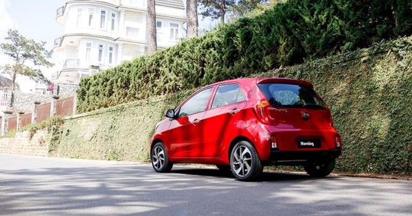 Ô tô bản cao cấp giá dưới 350 triệu: Gần như 'độc bảng', chiếc xe này có thật ngon bổ rẻ như lời đồn?