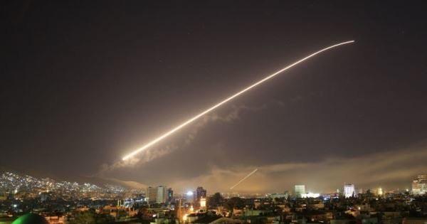 Tấn công cú đúp vào Syria và Lebanon, máy bay Israel bị Nga chặn đứng trước khi đạt mục tiêu
