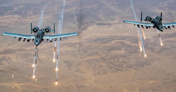 Quân đội Mỹ tấn công trở lại phiến quân Taliban để yểm trợ quân đội Afghanistan