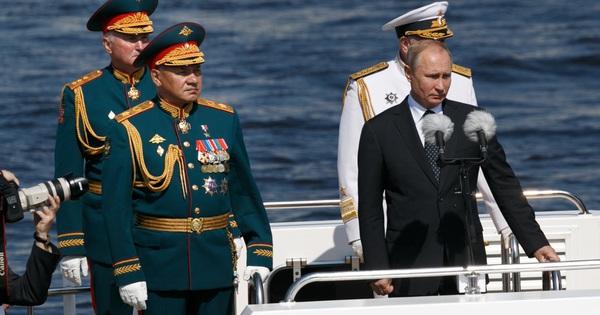 TT Putin ra sắc lệnh: Thủy thủ Nga tuyệt đối không bao giờ được làm 1 điều - Phi công tiêm kích Mỹ thoát chết thần kỳ sau cảnh tượng sốc