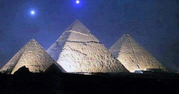 Kim tự tháp Giza và 4 bí ẩn nhân loại chưa thể giải mã