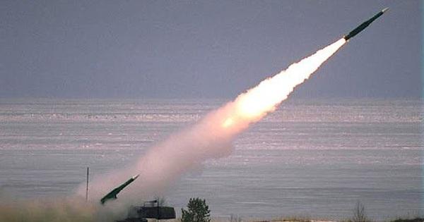 """Tấn công tên lửa, Nga có làm Israel """"đứng ngồi không yên"""" ở Syria?"""