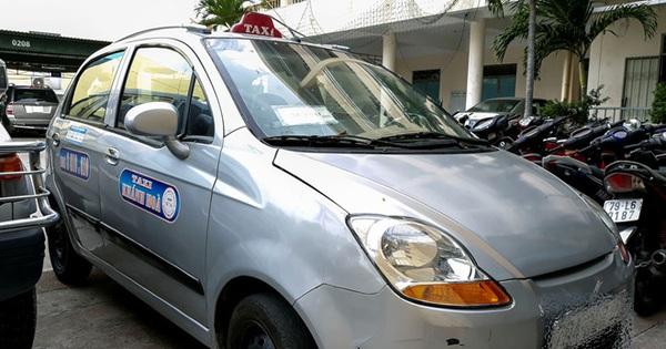"""Công an điều tra tài xế taxi """"chặt chém"""" du khách 6 triệu đồng cho quãng đường 4km"""
