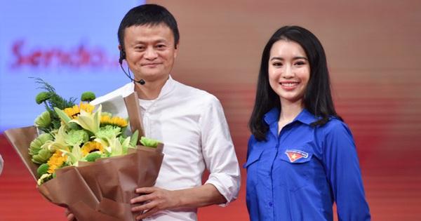 Hoa khôi đối thoại cùng Jack Ma: Thích hàng hiệu, sống tự kiếm tiền không dựa vào đàn ông!