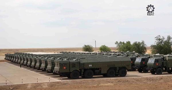 """Nga đã nhận đề nghị bán tên lửa Iskander: Hãy """"nín thở"""" xem ai là khách hàng đầu tiên"""