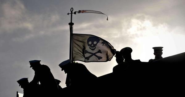Tàu ngầm Mỹ từng do thám Triều Tiên bỗng treo cờ hải tặc khi trở về căn cứ