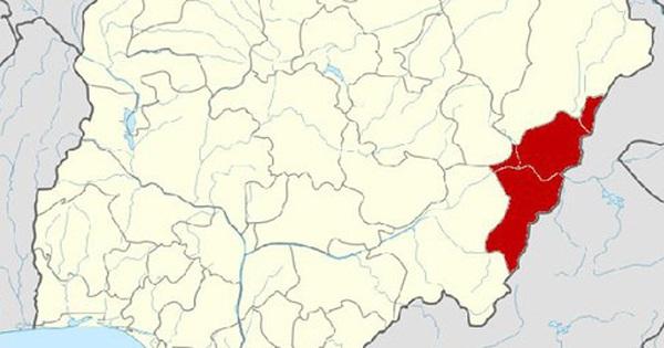 Đánh bom đẫm máu tại Nigeria, khoảng 100 người thương vong