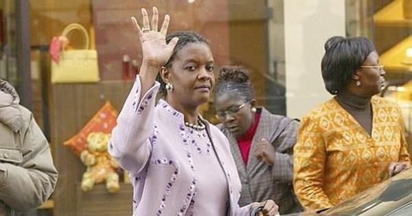 Đệ nhất phu nhân Zimbabwe đang ở đâu khi Tổng thống Mugabe từ chức?