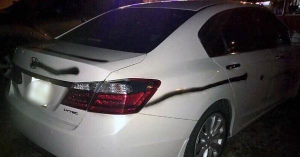 Truy tìm kẻ phun sơn đen lên nhiều ô tô ở Quảng Ninh