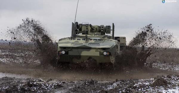 """Ukraine """"khoe"""" xe bọc thép BTR-4MV1 tiêu chuẩn NATO"""