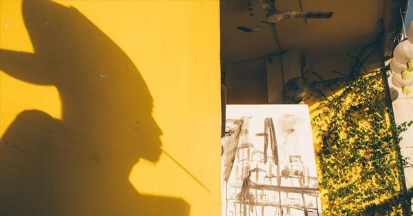Cận cảnh cuộc sống của Lê Minh Châu, chàng họa sĩ khuyết tật tài ba vẽ tranh bằng miệng