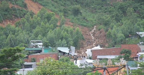 Vụ sạt lở núi 11 người chết: Trưởng thôn lo cho dân đã qua đời
