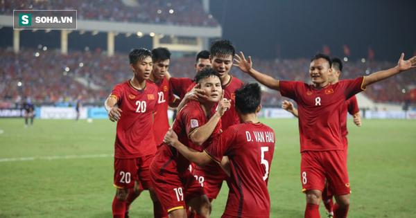 Giải đấu hay nhất nhì thế giới chúc mừng, đặt câu hỏi đầy phấn khích về Quang Hải