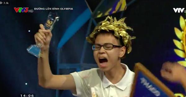 Sau 19 năm chờ đợi, nam sinh Chuyên Lý trường Phan Bội Châu vào Chung kết Olympia 2019, mang về cầu truyền hình đầu tiên cho ngôi trường này!