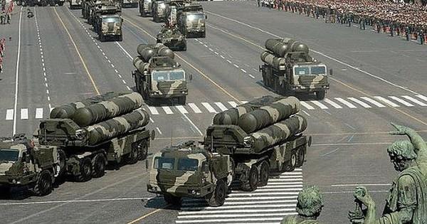 Nga thực sự muốn bán rồng lửa S-400 cho Mỹ?