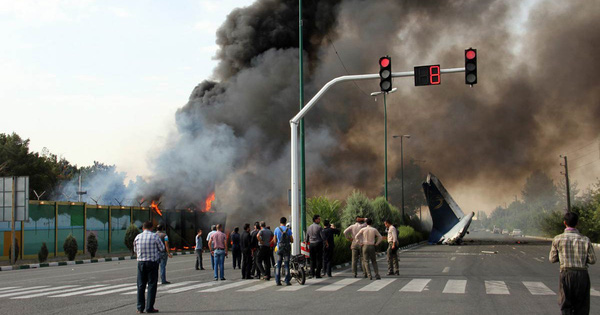 Iran: Máy bay chở 66 người gặp nạn, toàn bộ hành khách và phi hành đoàn tử nạn