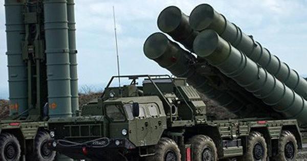 """Mỹ """"dằn mặt"""" các nước muốn mua tên lửa S-400 của Nga"""