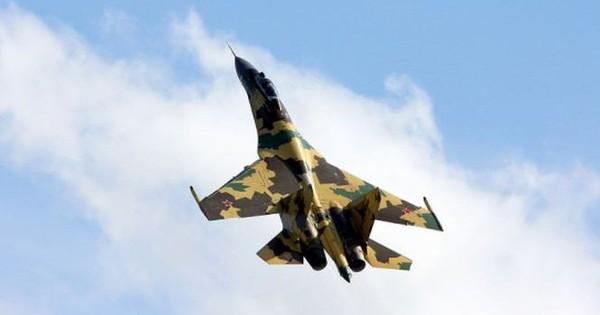 """Truyền thông Trung Quốc khen Su-35 là """"Anh hùng phương Nam"""""""