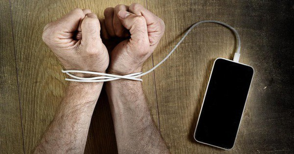 Não bộ của bạn phản ứng thế nào nếu liên tục check smartphone? Đáp án không được vui lắm đâu!