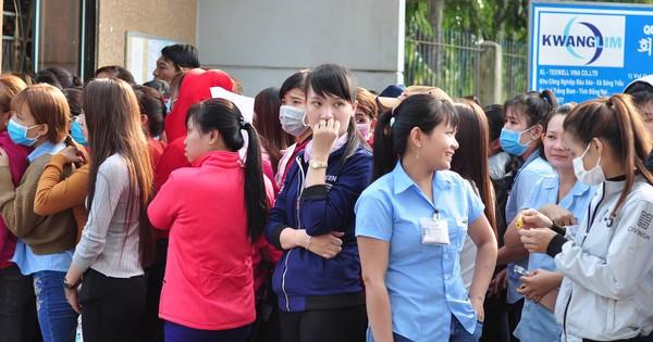 Giải quyết chế độ thai sản cho 15 nữ công nhân công ty Texwell Vina