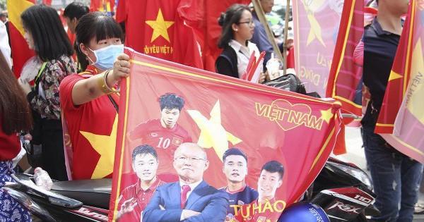 Choáng: 1 triệu đồng/cặp vé giao lưu cùng U23 Việt Nam