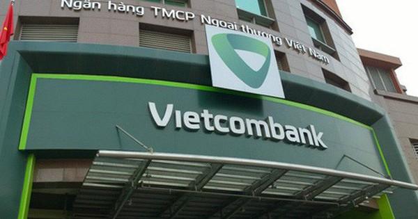 Vietcombank lại điều chỉnh phí dịch vụ ngân hàng