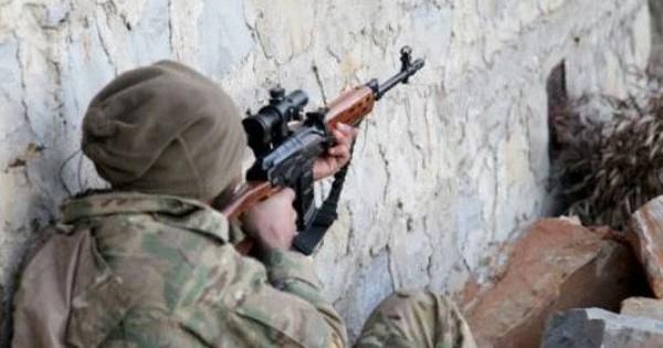 """Phiến quân Thổ Nhĩ Kỳ hậu thuẫn bất ngờ bị tấn công """"ẩn danh"""" ở Bắc Syria"""