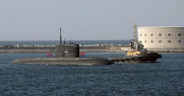 """Khám phá tàu ngầm """"yên lặng"""" nhất của Hải quân Nga"""