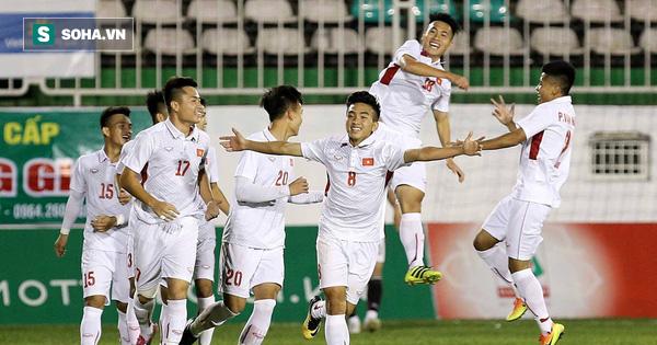 Thua phút cuối, HLV Hàn Quốc nói điều khiến bóng đá Việt Nam mát lòng, mát dạ