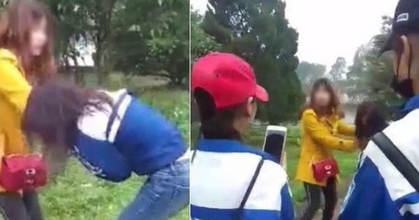 Nữ sinh bị vây đánh, lột áo dù đã van xin: Nhắn tin với người có chồng?