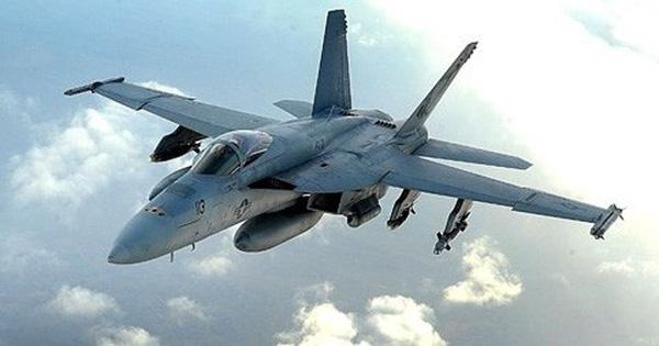 Hải quân Mỹ dự định loại bỏ 136 tiêm kích F/A-18 Hornet