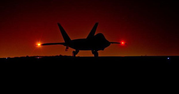 Bất ngờ: F-22 đã tham gia cuộc tấn công Syria còn tên lửa mới nhất JASSM-ER thì không