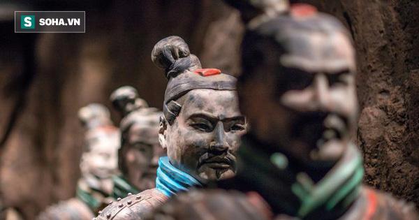 """Bí mật lăng mộ Tần Thủy Hoàng: Cả trăm binh sĩ đất nung được """"đi spa"""" suốt 2000 năm"""