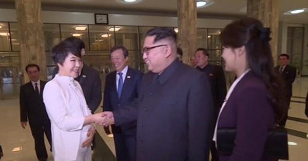 Nghi vấn nhà lãnh đạo Kim Jong-un yêu cầu bài hát đặc biệt với nghệ sĩ Hàn Quốc