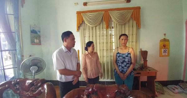 Chủ tịch phường đến nhà xin lỗi bé gái 13 tuổi bị còng tay đưa về trụ sở công an