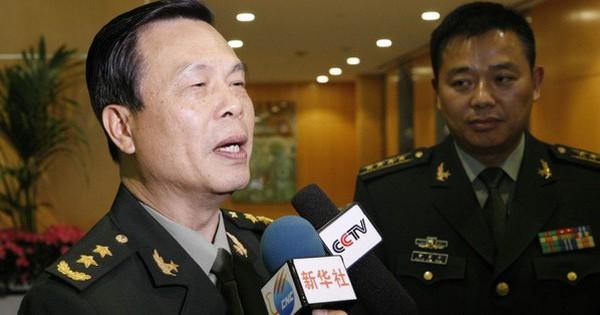 Con gái lấy người nước ngoài, tướng Trung Quốc bị giáng cấp?