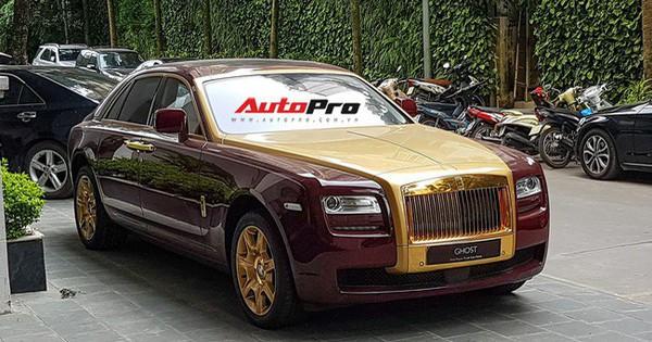 Ông chủ tập đoàn FLC tậu thêm Rolls-Royce Ghost dát vàng khủng nhất Việt Nam