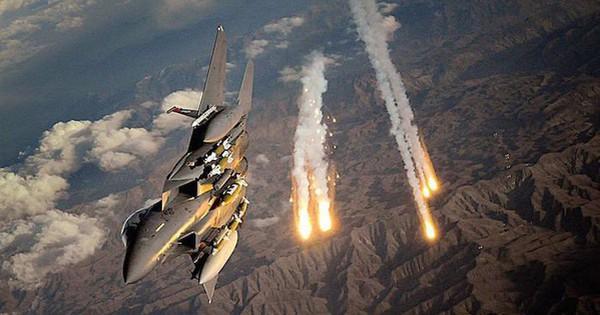 Liên quân Mỹ không kích trúng lực lượng chính phủ Syria