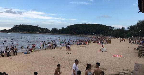 Hải Phòng: Truy tìm đối tượng bắt khách trả tiền ghế ngồi sau khi ăn hải sản ở bãi biển Đồ Sơn