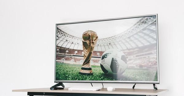 Trọn vẹn mùa World Cup với TV 55 inch 4K giá chỉ 12,5 triệu đồng