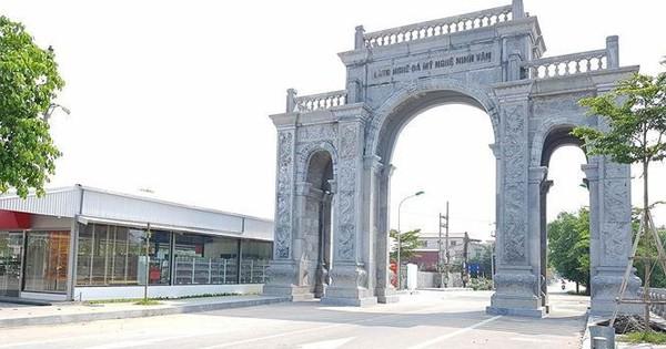 Cận cảnh cổng làng 11 tỷ ở Ninh Bình