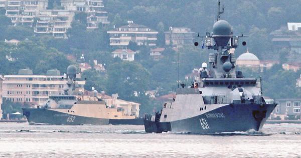 Đường đi khó hiểu của 2 tàu tên lửa Kalibr Nga trên Địa Trung Hải: Chuyện gì đang xảy ra?