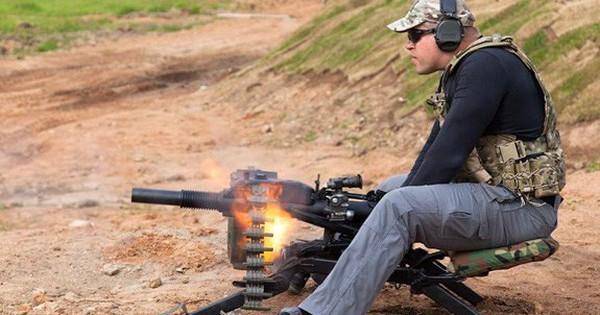 """Súng phóng lựu liên thanh AGS-40 – Vũ khí chống """"biển người"""" đặc biệt hiệu quả"""