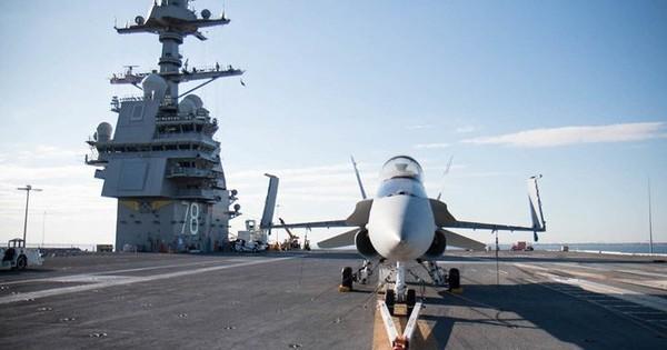 Cận cảnh tàu sân bay USS Gerald R. Ford lớn nhất thế giới