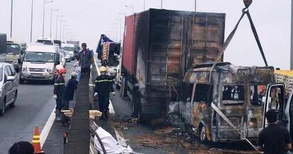 Lời kể tài xế chứng kiến vụ tai nạn kinh hoàng trên cao tốc khiến 2 người chết tại chỗ