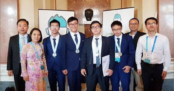 4 học sinh Việt Nam đều đoạt huy chương Olympic Hoá học Quốc tế 2018
