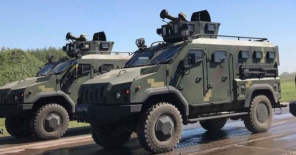 """Ukraine sẽ """"khoe"""" tên lửa Javelin trong duyệt binh mừng quốc khánh"""